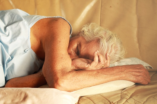 Do elderly people need less sleep?
